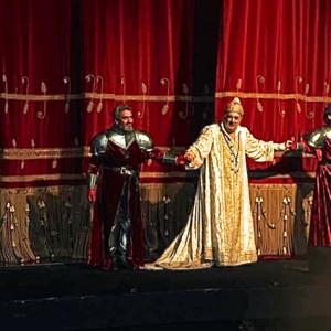 Simon Boccanegra, Teatro alla Scala, Milano 11/2014 | Ernesto Panariello (Pietro), Placido Domingo (Simone)